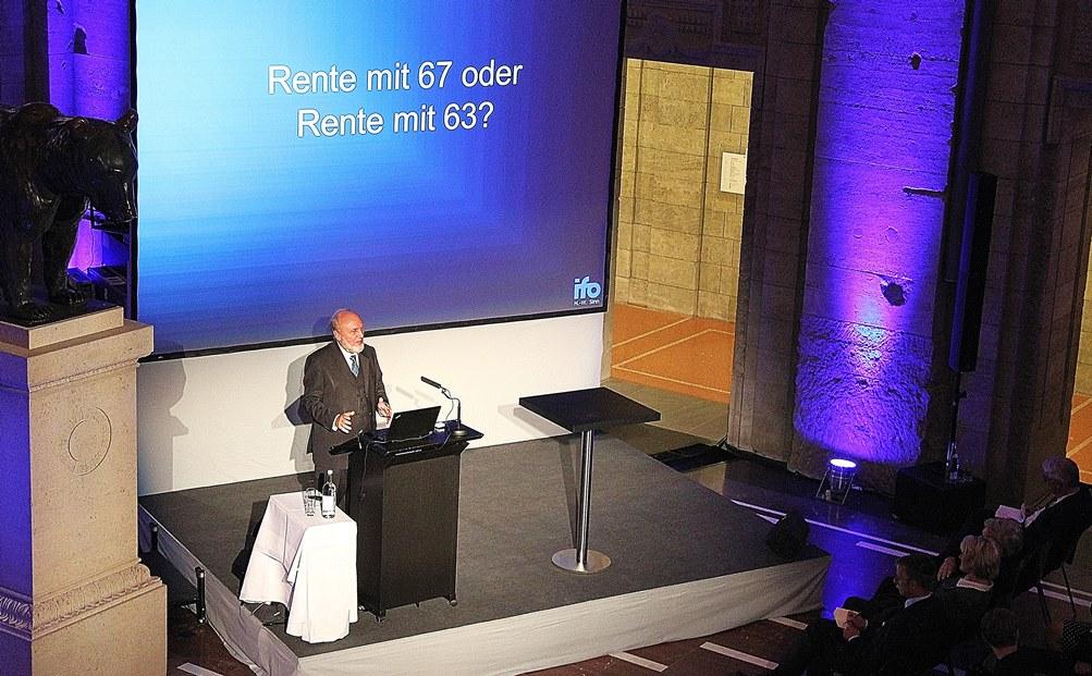 DIA-Forum_2015-mit-Prof.-Sinn