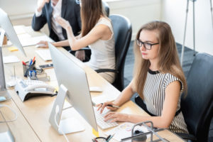 Wie Männer Frauen im Job diskriminieren