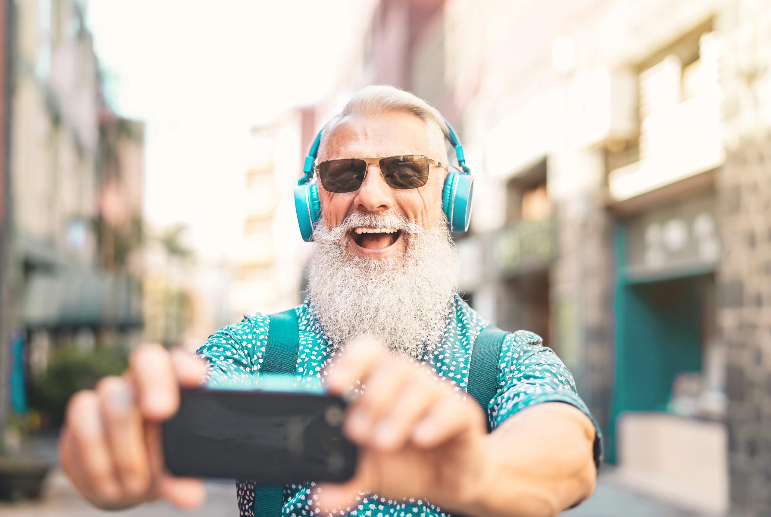 Mehrheit der Älteren im Internet aktiv
